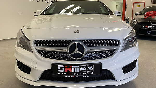 Mercedes CLA 250 4-Matic Shooting Brake AMG Line Foto 7
