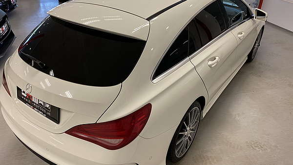 Mercedes CLA 250 4-Matic Shooting Brake AMG Line Foto 4