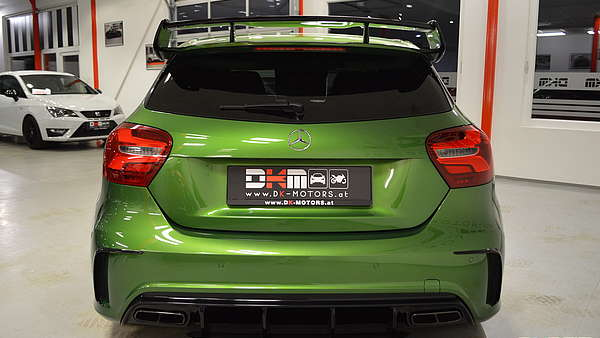 Mercedes A45 AMG Performance Facelift Foto 3