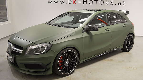 Mercedes A45 AMG Performance Foto 1