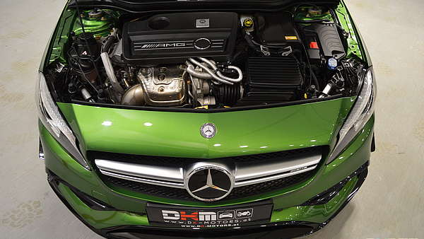 Mercedes A45 AMG Performance Facelift Foto 13