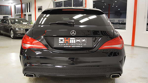 Mercedes CLA 220d Shooting Brake AMG Foto 3