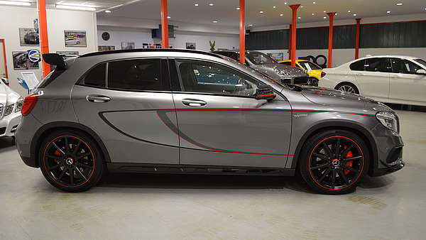 Mercedes GLA 45 AMG 4-Matic Edition 1 Foto 5