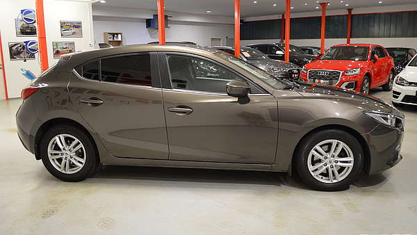 Mazda 3 G120 Attraction Foto 4