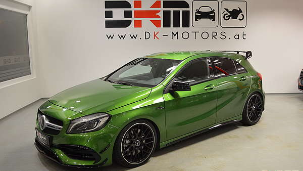 Mercedes A45 AMG Performance Facelift Foto 0