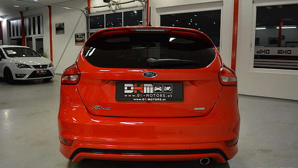 Ford Focus 1,5 Eco Boost ST-Line Foto 3