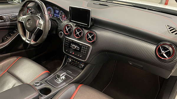Mercedes A45 AMG 4Matic Turbo Performance Foto 26