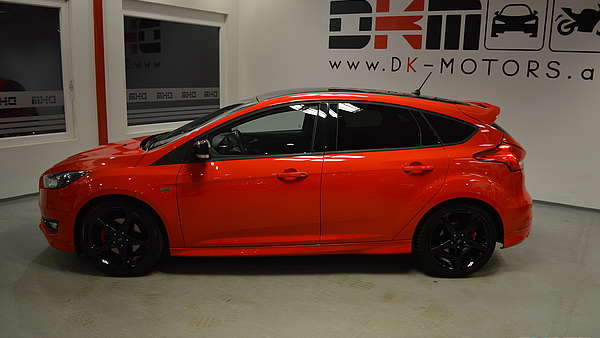 Ford Focus 1,5 Eco Boost ST-Line Foto 1