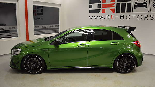 Mercedes A45 AMG Performance Facelift Foto 1