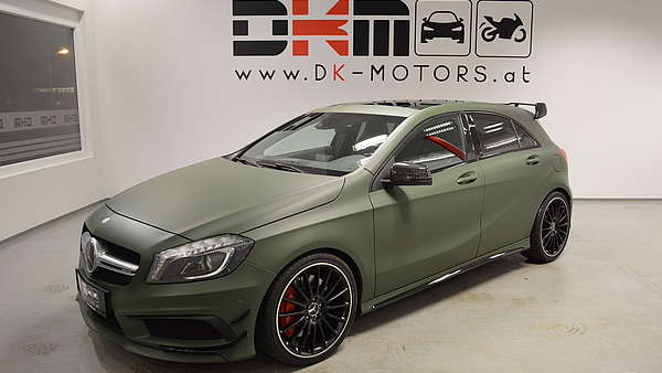Mercedes A45 AMG Performance Foto 0