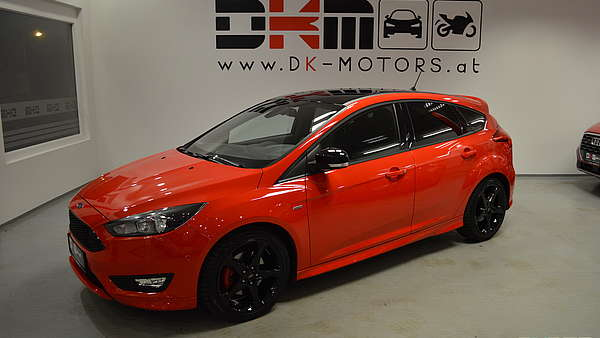 Ford Focus 1,5 Eco Boost ST-Line Foto 0