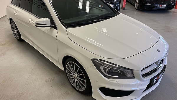 Mercedes CLA 250 4-Matic Shooting Brake AMG Line Foto 6