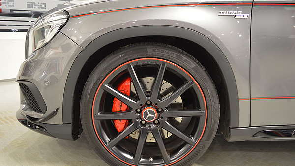 Mercedes GLA 45 AMG 4-Matic Edition 1 Foto 17