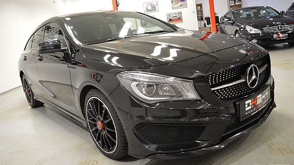 Mercedes CLA 220d Shooting Brake AMG Foto 5